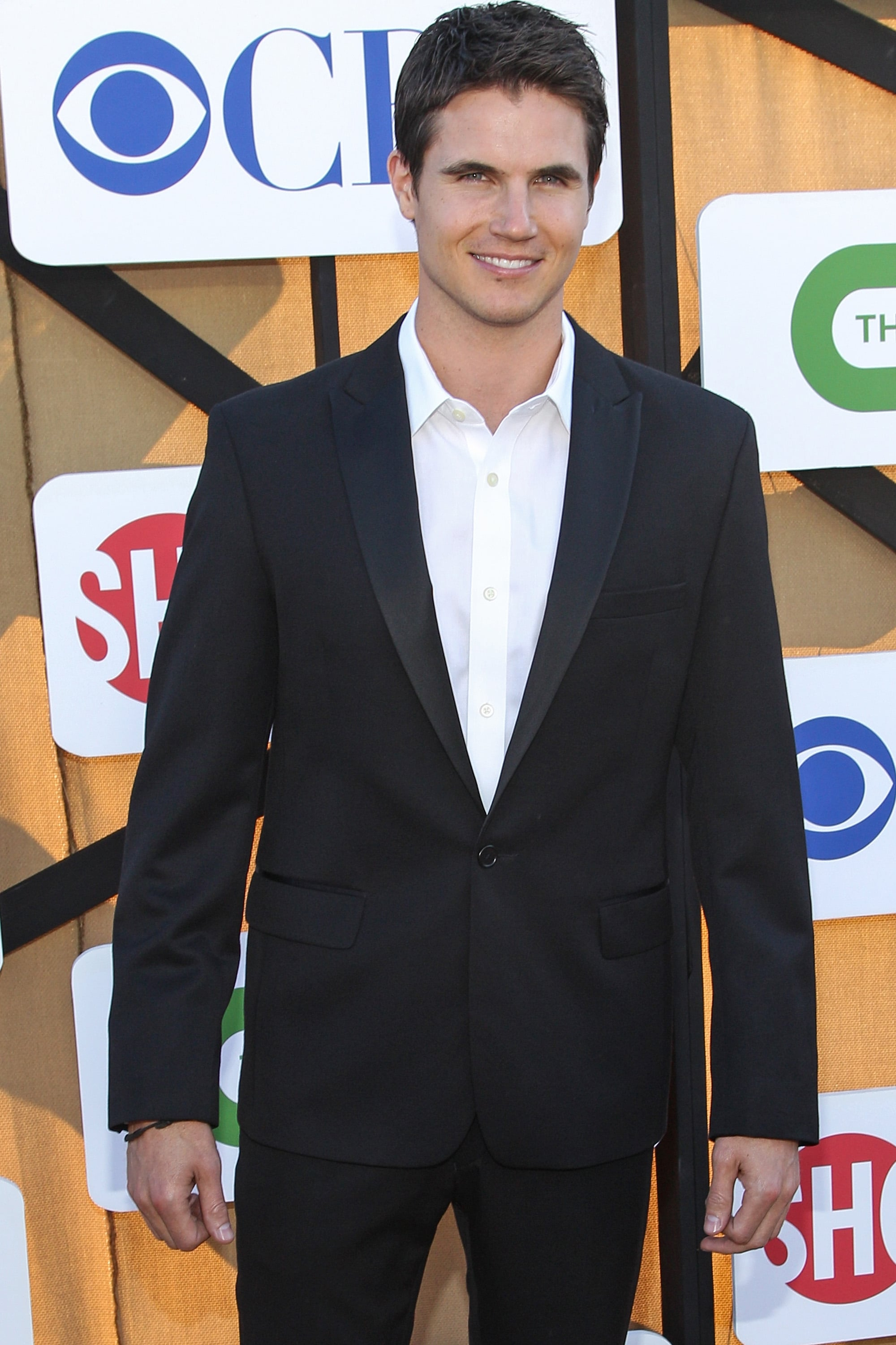 Robbie Amell made an appearance at the Summer TCA Press Tour party hosted by The CW, CBS, and Showtime.
