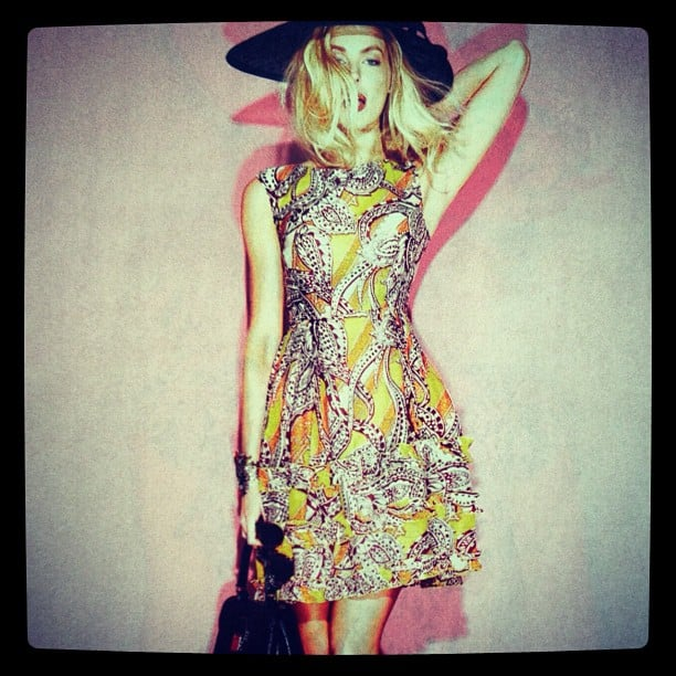 Jennifer Hawkins looked hot to trot wearing sass & bide in Grazia. Source: Instagram user jenhawkins_