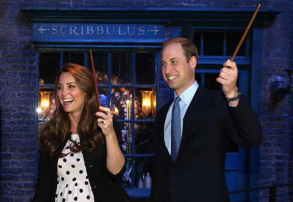 The couple cracked up as they practiced their best wingardium leviosa spells during a 2013 tour of the Harry Potter movie studio.