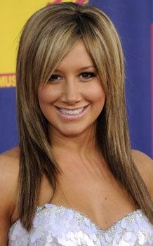 Ashley Tisdale at MTV VMAs: Hair and Makeup