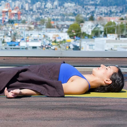 Reasons to Use a Blanket During Yoga