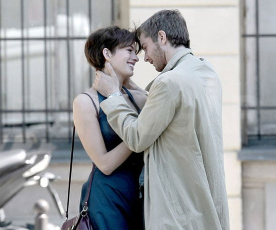 Slide Picture of Anne Hathaway and Jim Sturgess on the Set of One Day in Paris