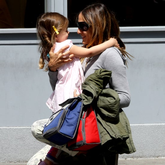 Sarah Jessica Parker Hugging Her Daughters | Pictures
