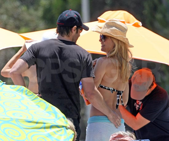Photo Slide of David Duchovny and Tea Leoni Celebrating Father's Day Together