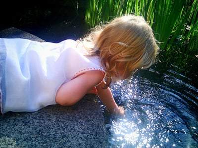 5 Tips for Starting a Preschooler on Independent Play