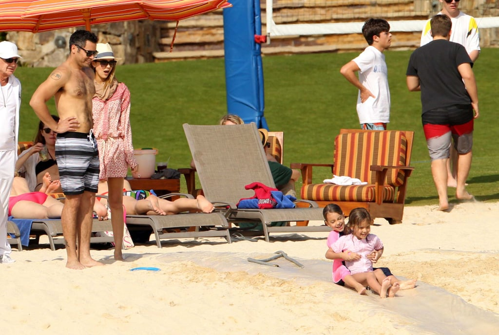 Jessica Alba and Cash Warren watched Honor play with a friend.