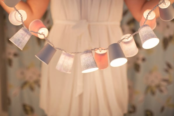 Dixie-Cup Garland