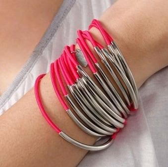 Accessories & Beyond Elastic Bracelets: Love It or Hate It?