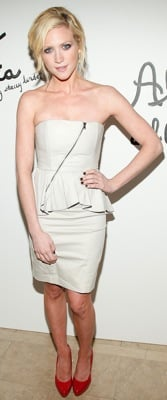 Brittany Snow Style 2011-02-15 16:30:29