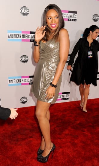 Jennifer Hudson wore a short dress to the American Music Awards.