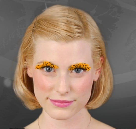 How to Apply False Eyelashes For Halloween: Video