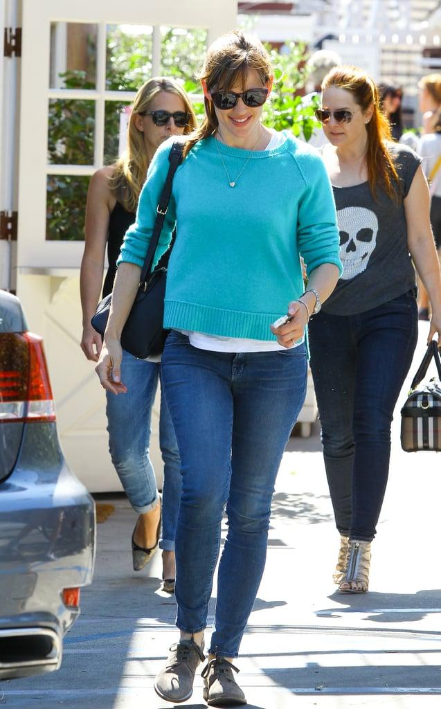 On Tuesday, Jennifer Garner ran errands with a smile in LA.