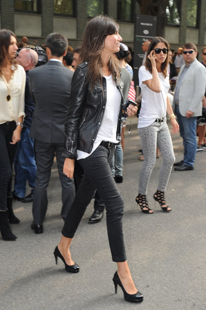 Emmanuelle Alt channels effortless cool style in this casual jeans-and-tee getup.