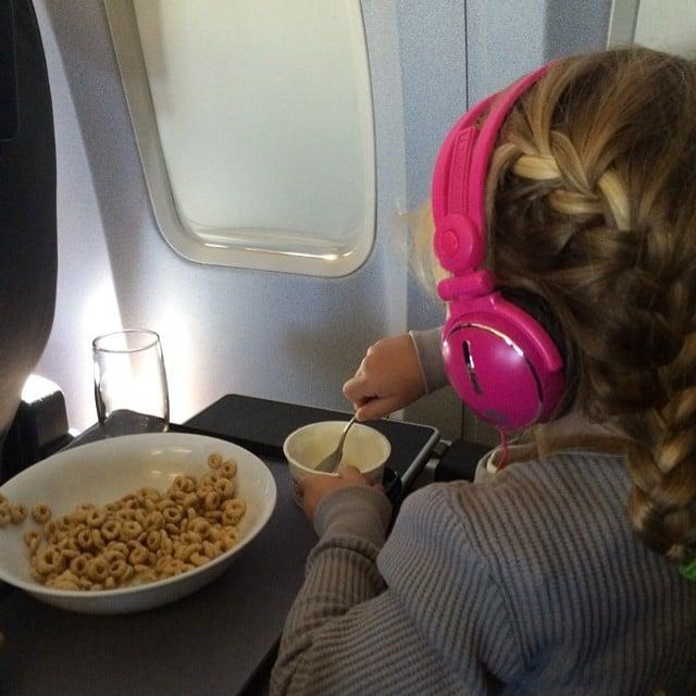 Willow Hart joined her dad, Carey Hart, for a breakfast on flight. Source: Instagram user hartluck