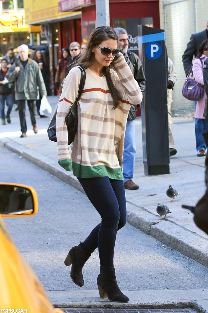 Katie Holmes walked to her Broadway show in NYC.