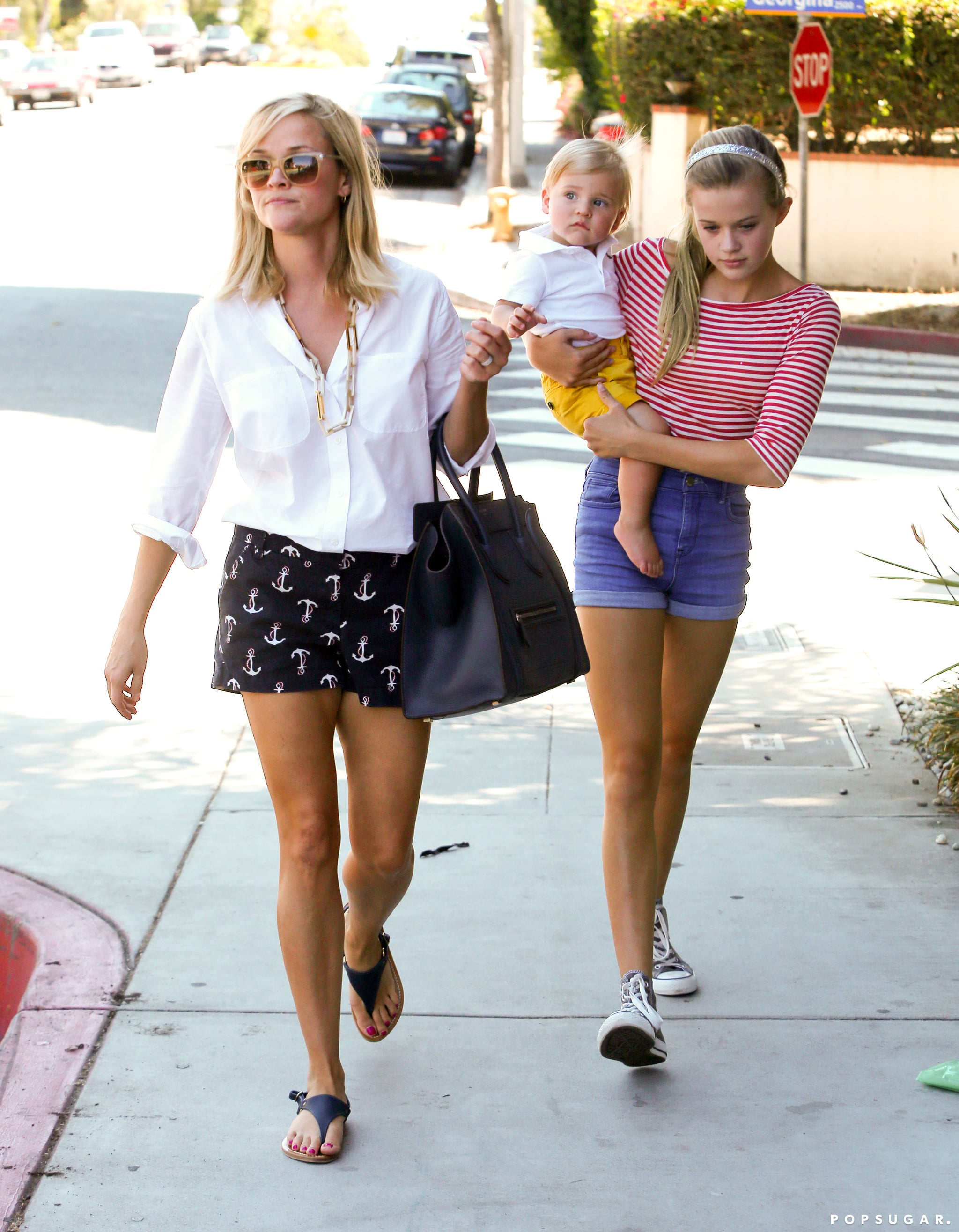 Reese Witherspoon walked with her kids Ava Phillippe and Tennessee Toth in LA.