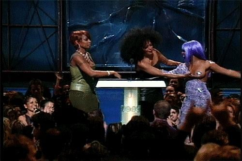 Diana Ross jiggled her boob on stage later.