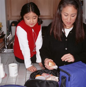 Make a Healthy Lunch For Yourself While You Pack Your Children's Lunch Box