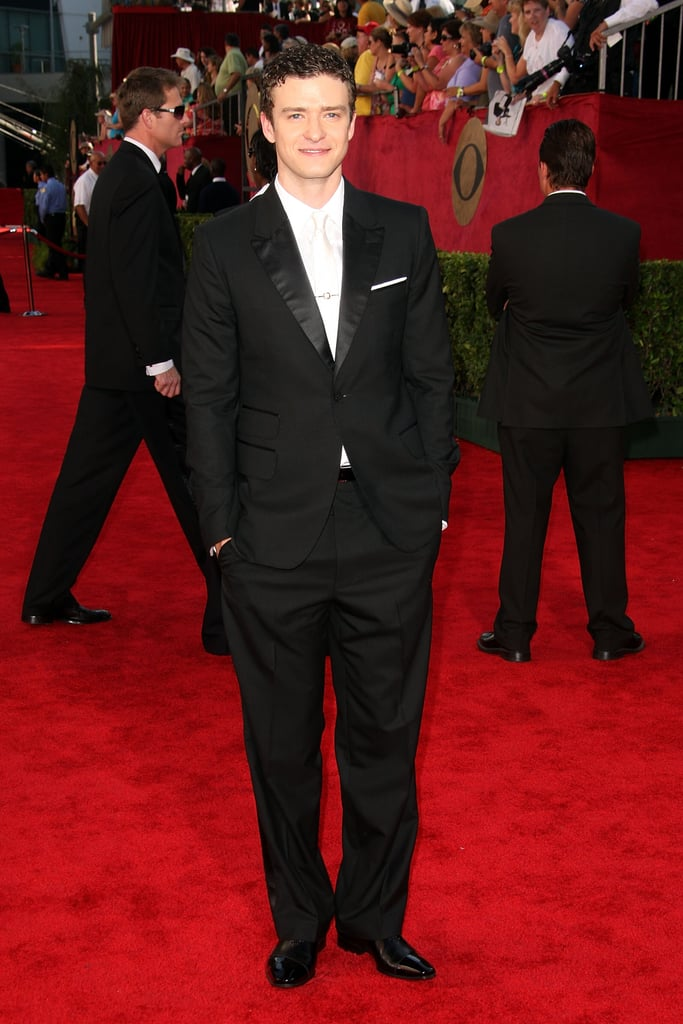 Justin arrived in style at the Emmys in 2009.