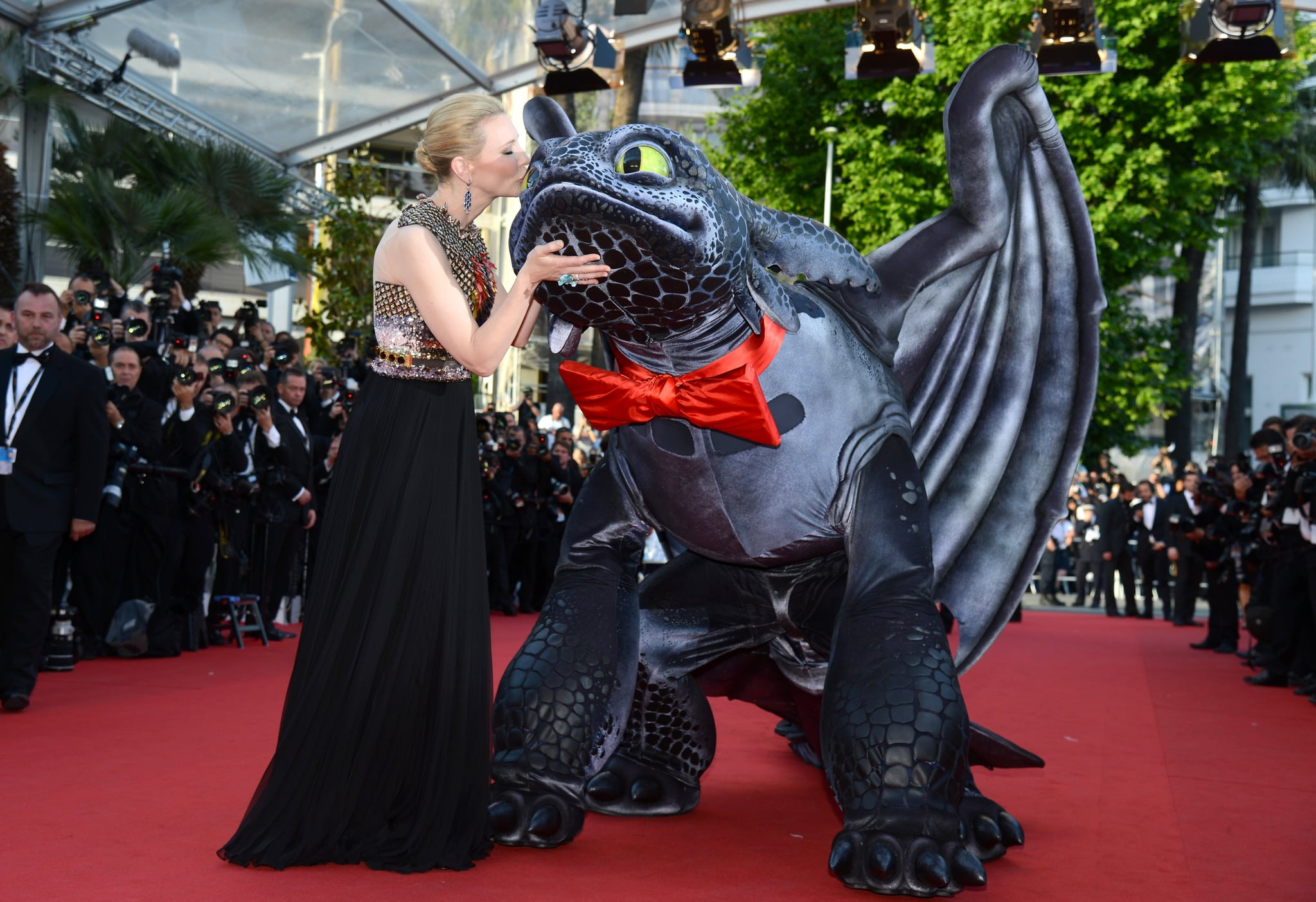 Cate Blanchett got goofy on the How to Train Your Dragon 2 premiere red carpet.