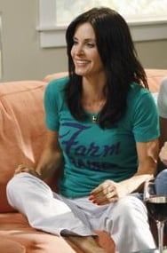 Cougar Town Style: Jules Cobb