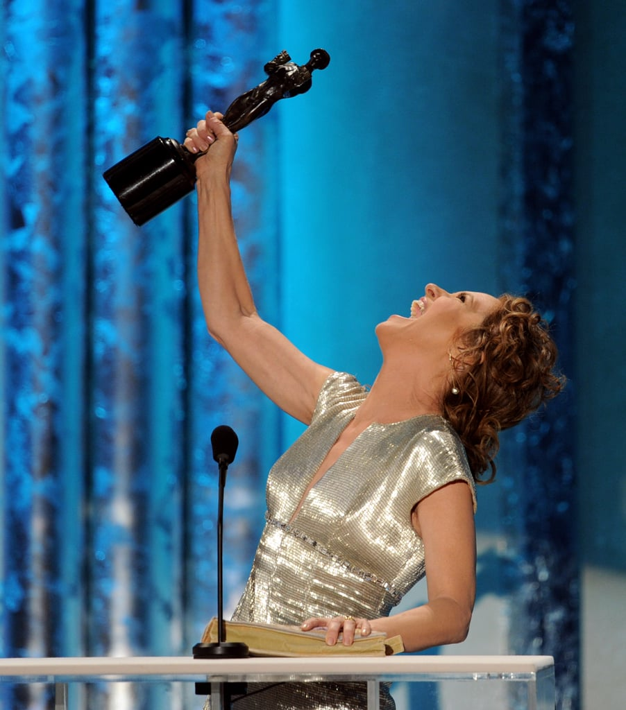 Melissa Leo won an award for her role in The Fighter in 2011 and was overjoyed while making her acceptance speech.