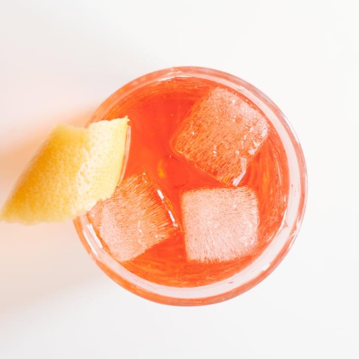 Low calorie cocktail recipe popsugar fitness for Cocktail 0 calorie