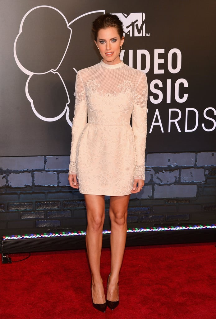 You might expect a look with a bit more edge for the MTV Video Music Awards, but Allison offered a fresh alternative in this ethereal design.