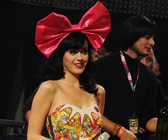 Celebrities Wearing Hair Bows