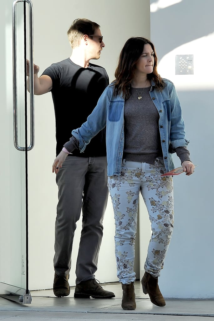 Drew Barrymore and her husband, Will Kopelman, went to visit an art gallery in Beverly Hills.