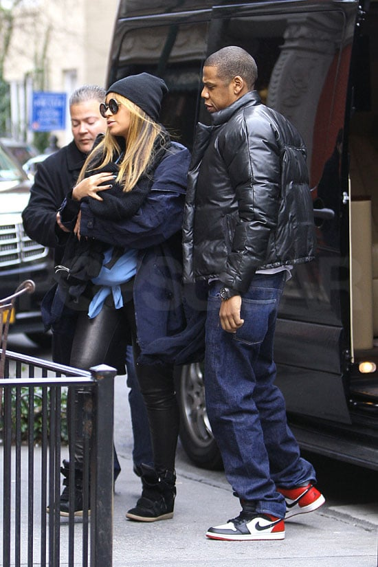 Jay-Z and Beyoncé Knowles took Blue Ivy Carter to lunch.