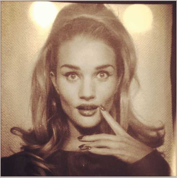 This photo-booth shot was a '60s throwback for Rosie Huntington-Whiteley. Source: Instagram user rosiehw