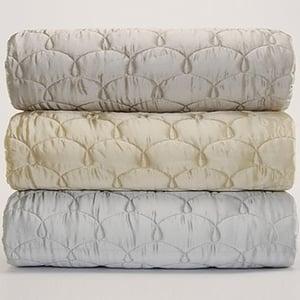 Sale Alert: Bloomingdale's Bed and Bath Sale