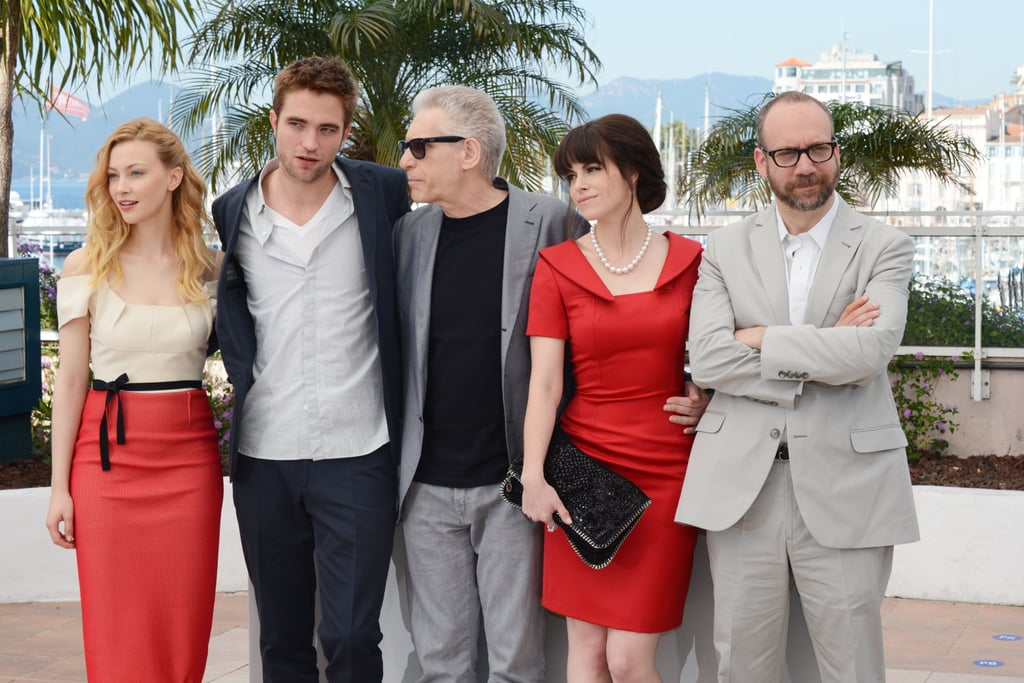 Robert Pattinson got together with the cast at the Cosmopolis photocall in Cannes.