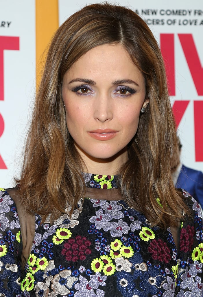 Rose Byrne also stepped out in a flowery dress for the I Give It a Year premiere. Instead of going for a colorful lip, Rose stuck with the shades in her dress by wearing a shimmering lavender eye shadow on her lids.