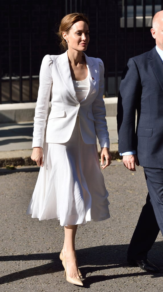 News Pics and More... - Page 4 Youre-Going-All-White-Monochrome-Stick-Neutral-Pumps-Total-Sophistication