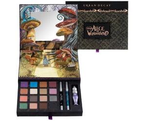 Alice in Wonderland Makeup