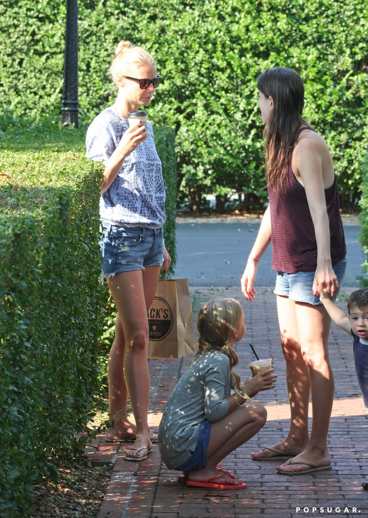 In August, Gwyneth Paltrow and her daughter, Apple, stopped for coffee during a getaway to the Hamptons.