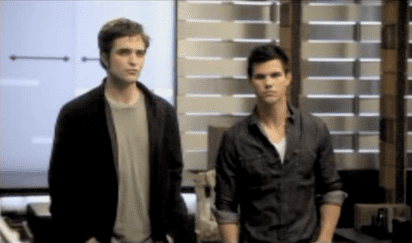 Video of the MTV Movie Awards Opening With Les Grossman, Taylor Lautner, and Robert Pattinson 2010-06-06 19:45:17