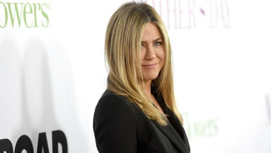 Jennifer Aniston's Mom Dies At Age 79