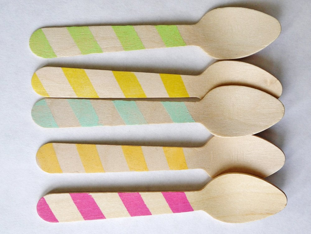 Lively Spoons