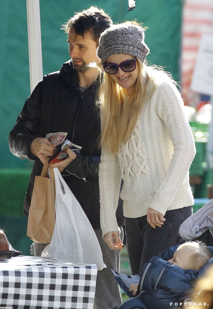 Kate Hudston and Matthew Bellamy shopped around at a London farmers market.