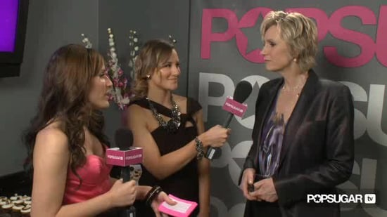 Video of Jane Lynch and Chris Colfer at the 2011 People's Choice Awards 2011-01-05 21:41:10