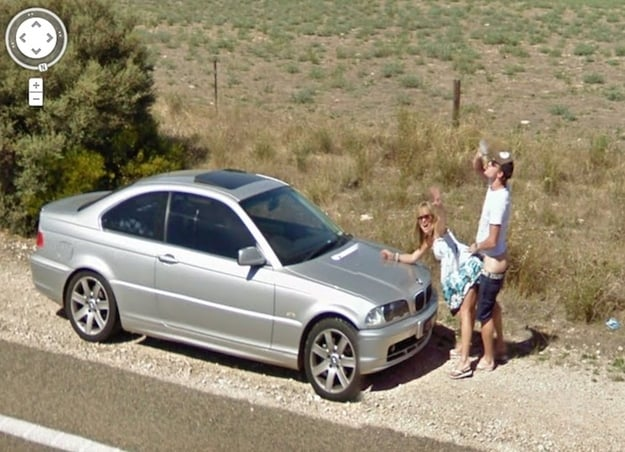 Sexy Aussies Caught on Google Camera
