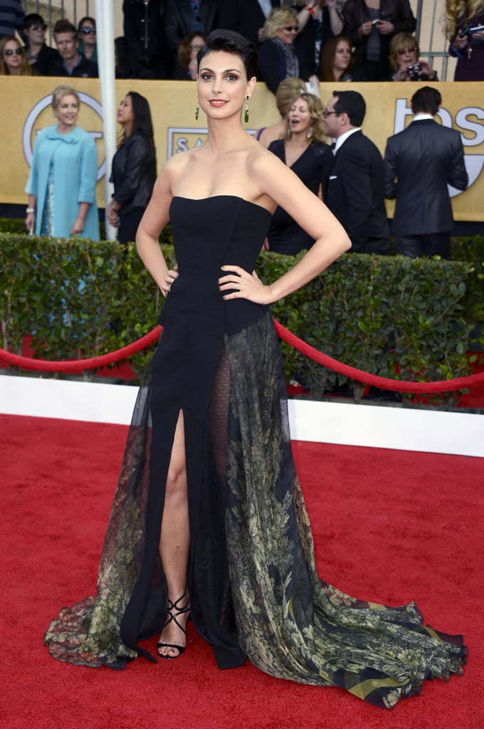 Morena Baccarin's strapless Basil Soda gown showed just the right amount of leg.