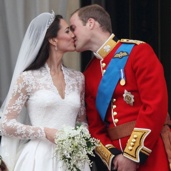 Prince William and Kate First Balcony Kiss Pictures