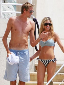 Pictures of Peter Crouch and Abbey Clancy Who Have Confirmed Pregnancy News