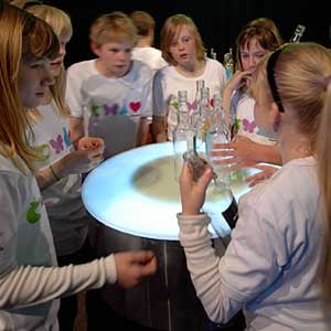 Audiobar 'Hørbar' Installation Explores Social Interaction