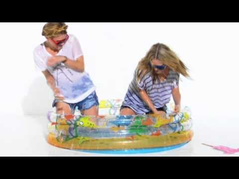 Mary-Kate and Ashley Olsen's StyleMint Contest: See The Twins Star in This Cute Video