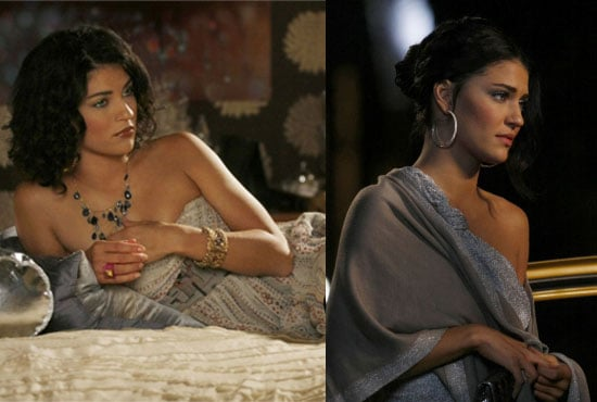Which glamorous look do you love more?